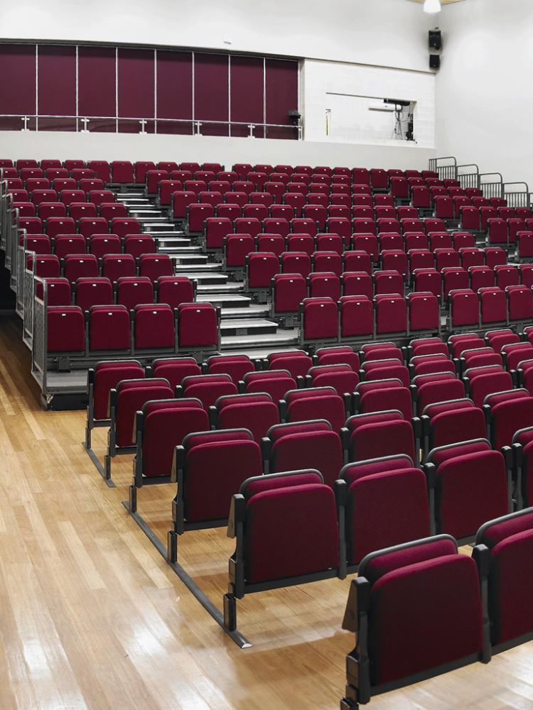 Espace 628: Auditorium seat - retractable, fixed or